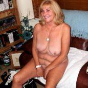 grand-mère aime le sexe