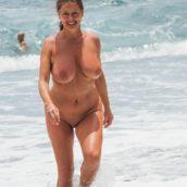 femmes mature gros seins nudiste