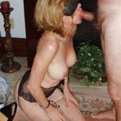 femme mature dominée par son maître