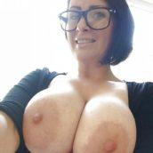 Maman aux gros seins